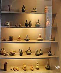Musée de la Castre - objets des Andes méridionales