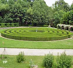 Château Phenix de Dampierre - Le labyrinthe Jardin de Diktynna