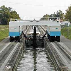 Pente d'eau de Montech (Office de Tourisme Intercommunal Grand Sud Tarn et Garonne)