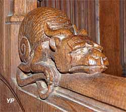 Église Saint-Pierre-et-Saint-Paul - détail des stalles (XIXe s.)