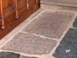 Église Notre-Dame - tombe de Jothane de Trésiguidy