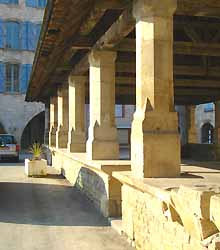 La Halle de Caylus (XVIe s.) (doc. OT Caylus)
