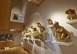 Musée des beaux-arts de Dijon - salle moulages des bustes des prophètes de la Chartreuse de Champmol