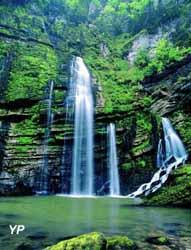 Cluse du flumen et cascades saint claude - Office de tourisme haut jura saint claude ...