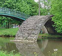 Pont médiéval dit pont Malassert