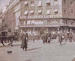 Galeries Lafayette Haussmann - le magasin à ses débuts