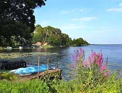 lac d'Aureilhan près de Mimizan (doc. OT Mimizan)