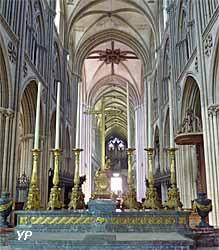 nef de la cathédrale Notre-Dame de Bayeux