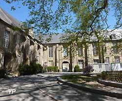 Palais épiscopal de Bayeux (Yalta Production)