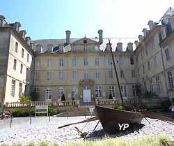musée de la Tapisserie de Bayeux (ancien séminaire) (Yalta Production)
