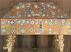 Basilique Saint-Sernin - coffret reliquaire de la Vraie Croix (plaques de cuivre dorées et émaillées, XVIe s.)