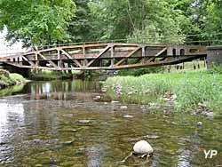 Pont Arromanches (Pascal Faivre)