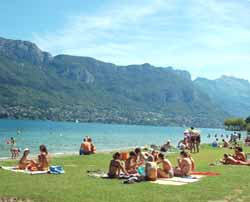 baignade au lac d'Annecy