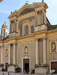 Basilique Saint-Michel Archange (Yalta Production)