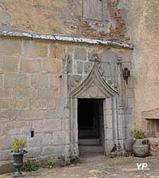 Château de Brie - porte gothique