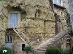 Cité troglodytique - escalier Saint Gabriel