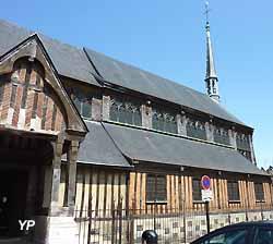 Église Sainte-Catherine à Honfleur (Yalta Production)