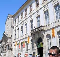 Arles, l'archevêché