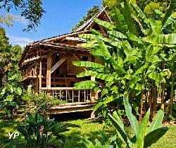 Bambouseraie en Cévennes - village laotien