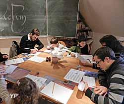 Musée Joachim Du Bellay - initiation à la calligraphie