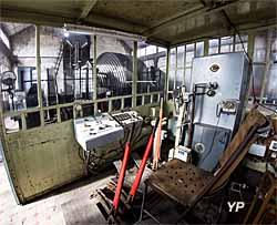 Le 9-9bis - bâtiment des machines