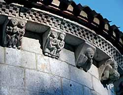 Abbaye d'Arthous - modillons