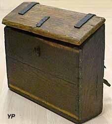 Musée du Scribe - cartable en bois