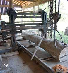 Scierie mécanique Morel - scie à grumes (Scierie mécanique Morel)