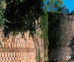 Remparts Gallo-Romains (Ville de Dax)
