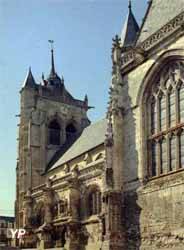Église Saint-Pierre et Saint-Paul - clés de voûte (Commune d'Aumale)