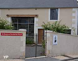La Grange aux Verrières Jean Mauret
