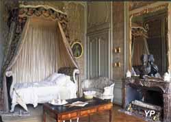 Château de Parentignat - chambre Louis XV