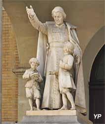 Église Saint-Jean-Baptiste-de-La-Salle (statue de saint Jean-Baptiste de La Salle)
