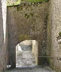 Château-Landon - poterne Sud