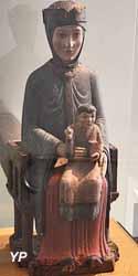 Vierge en majesté, dite Notre-Dame de Vernols (bois fruitier polychrome - Musée d'art Roger-Quilliot)
