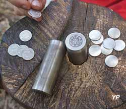 Atelier frappe de monnaie - Compagnie Afikamaya