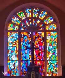 Église de Brénod - vitrail du choeur