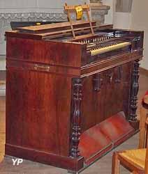 Église de Brénod - harmonium Debain