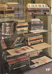 accordéons diatoniques François Dedenis (Musée Labenche)