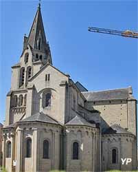 Collégiale Saint-Martin (doc. Yalta Production)