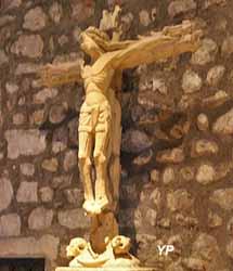 Christ en croix (XVe s.)