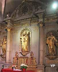 Retable en bois peint et doré (XVIIe s.)