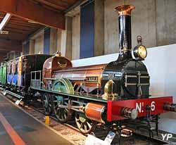 Locomotive à vapeur Stephenson l'Aigle (1846)