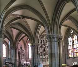 Déambulatoire et chapelles absidiales