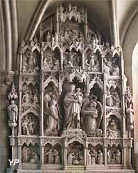 Retable sculpté de chapelle absidiale