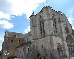 Basilique Notre-Dame-de-Bonne-Garde à Longpont-sur-Orge (doc. Yalta Production)