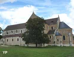Basilique Notre-Dame-de-Bonne-Garde à Longpont-sur-Orge
