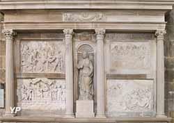 Retable de la Passion et statue de sainte Reine (XVIe s.)