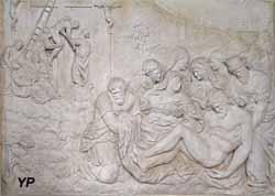 Retable de la Passion et statue de sainte Reine - Descente de croix