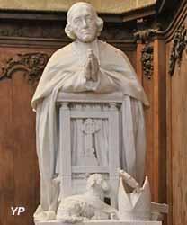 Monument funéraire à Mgr Alphonse-Martin Larue, évêque de Langres (sculpteur Denis Puech)